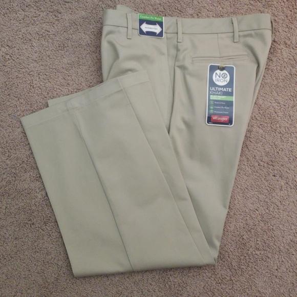 Wrangler Men/'s Flat Front Classic Fit Dress Pants Ultimate Khaki No Iron
